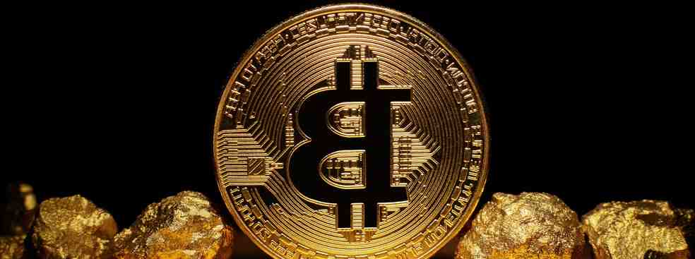 Cryptomoney is more than just Bitcoin. With the smart contracts of the Ethereum blockchain, new financial products are coming on the market to take advantage of its capital gains more easily and quickly. Nevertheless, this sector remains very volatile.