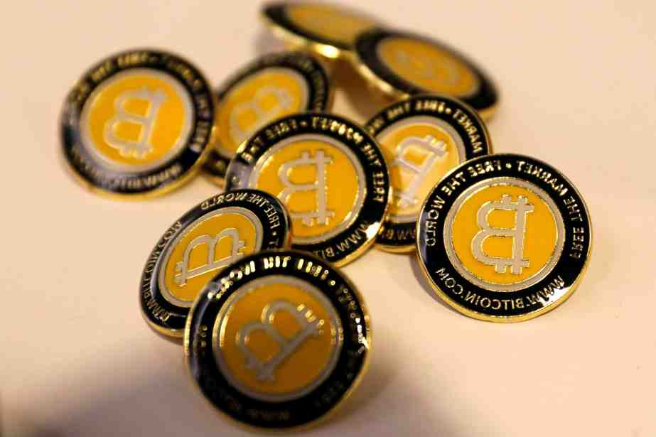 Helped by Elon Musk   Bitcoin market exceeds $1 trillion