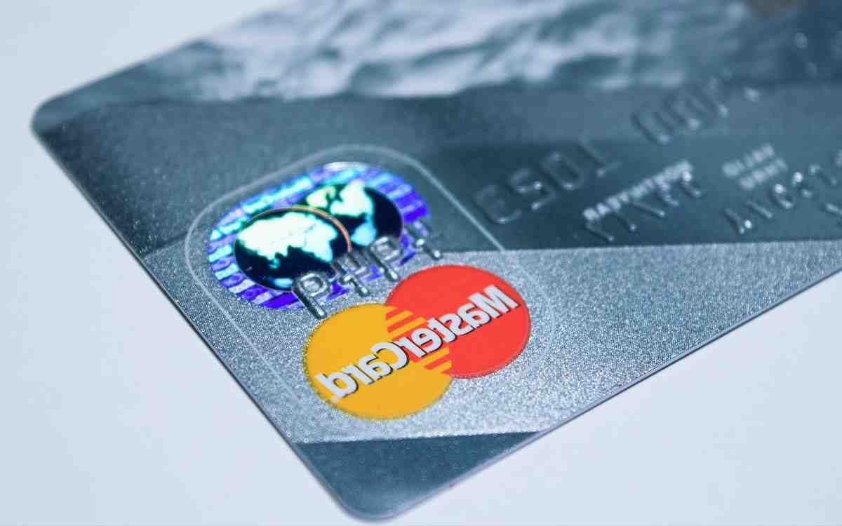 You will soon be able to pay in crypto-money with your Mastercard, well almost